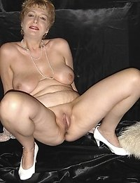 fantastic nude grannies